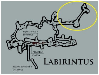 The Labyrinth, with Dracula's side in yellow